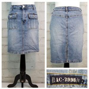 AC-3998 Sz 9 Faded Stretchy Denim Midi Jean Skirt